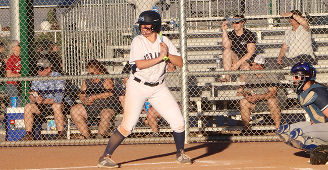 Jean Markovic '18 bats in the season opener versus Whitworth (Wash.) in the 2018 NFCA DIII Leadoff Classic in Tucson.