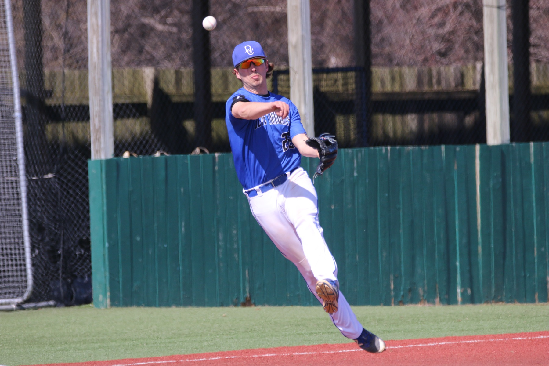 Baseball Belted Out 22 Hits to Sweep St. Thomas
