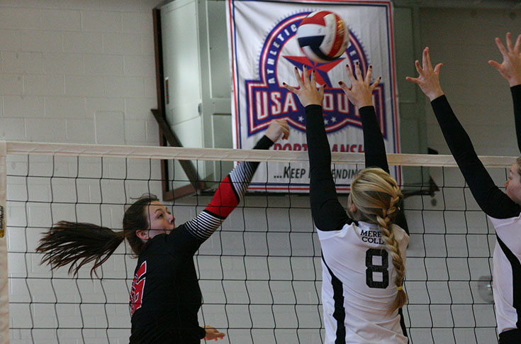 Volleyball: Panthers go 3-1 at Tuskegee Invitational
