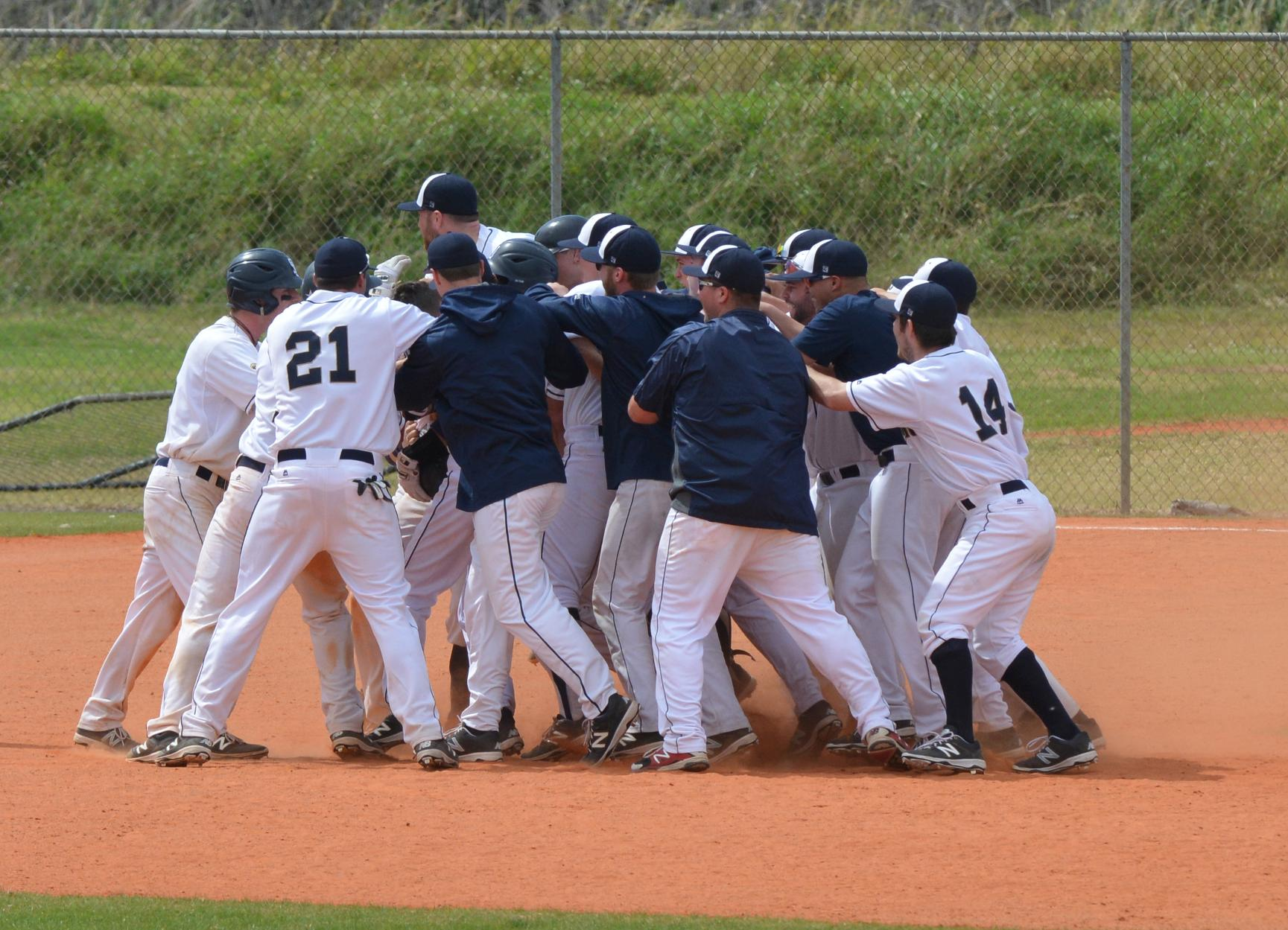 Baseball Walks Off With 10-9 Win Over Montclair State, 10-9, in 12