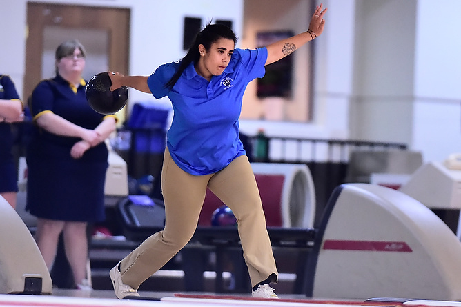 Women's Bowling Drops Three Against Medaille