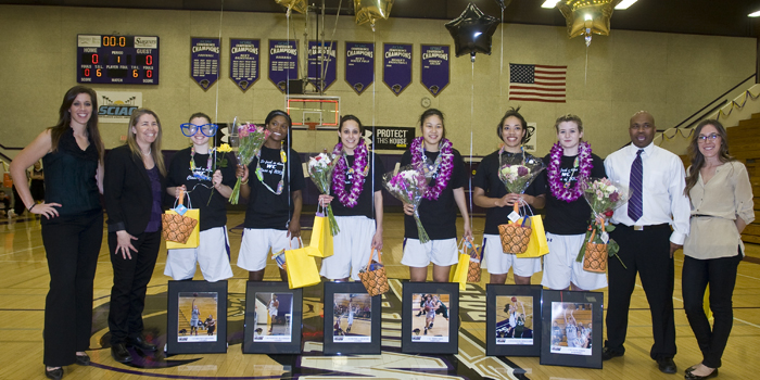 Senior night spoiled by Tigers