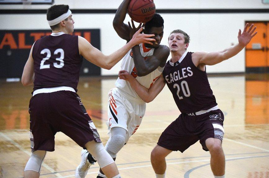 Caltech Reclaims SCIAC Lead, Beats Pomona-Pitzer for First Time Since Popovich Era