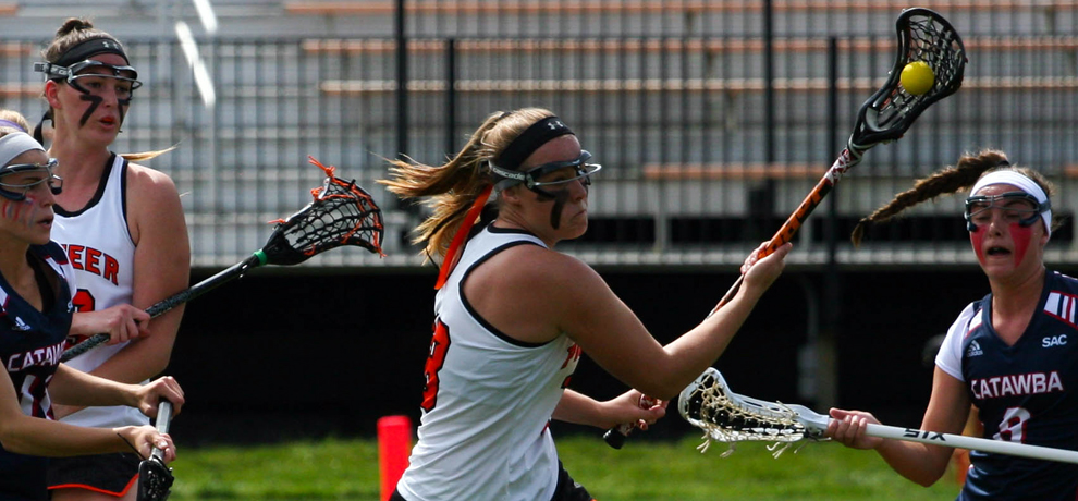 Late goal caps rally as Pioneers defeat Lincoln Memorial, 15-14