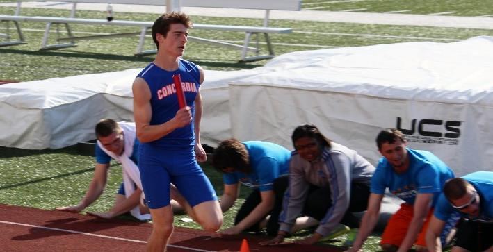Men's Track & Field competes at Beloit Relays