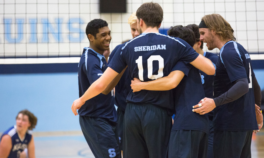 Men's volleyball fall to Niagara