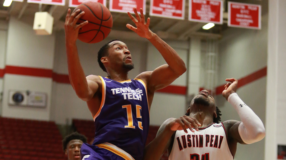 Strong rebounding, sizzling shooting propels Tech past Austin Peay