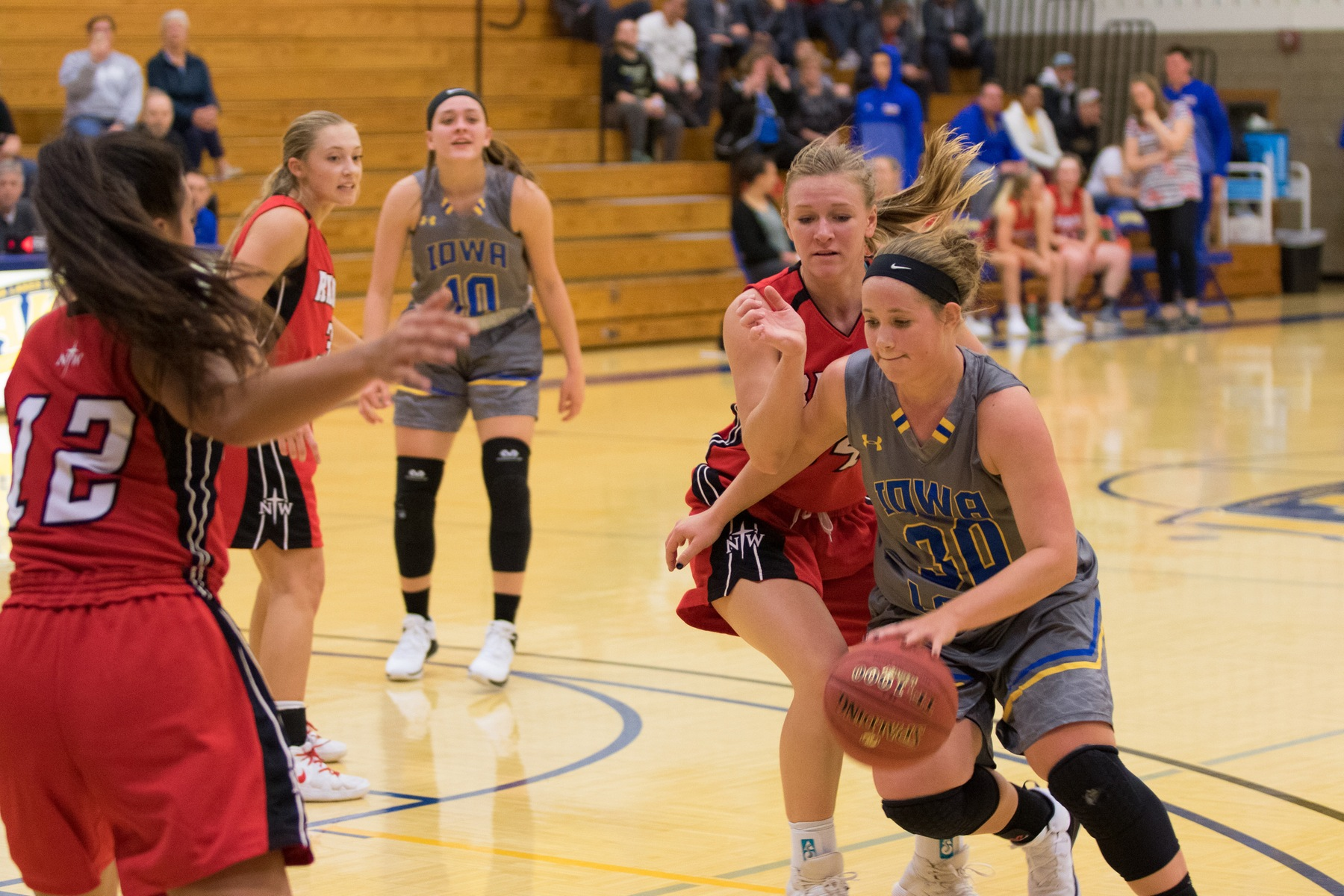 Lakers get Overtime Win Over Mount Marty JV