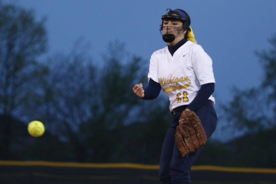 Photo for Wolverines split on day one of WHAC Tournament