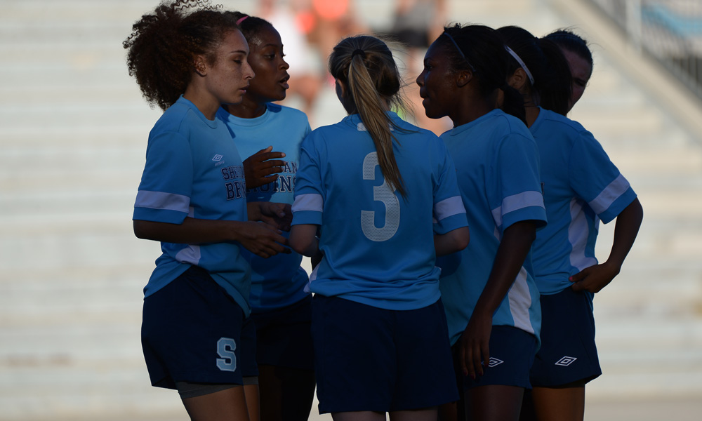 Women's soccer drop close one at Humber
