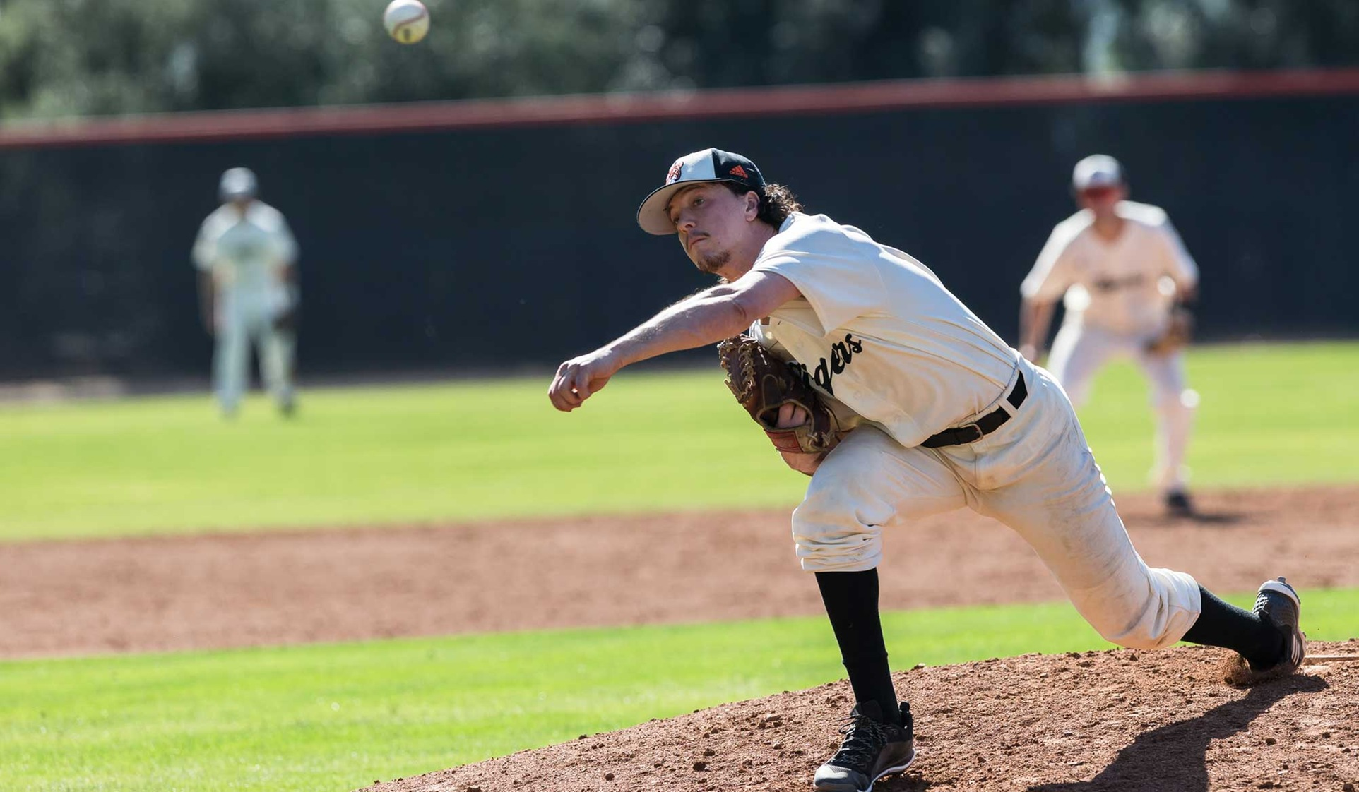 Martel Throws Complete Game Against No. 8 Centenary
