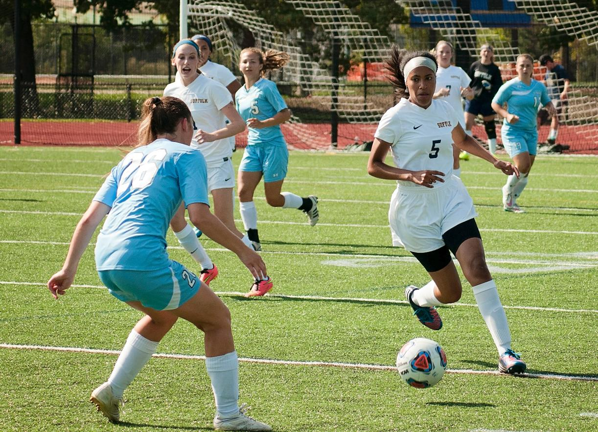 Looking to Win Fourth Straight, Women's Soccer Visits Regis