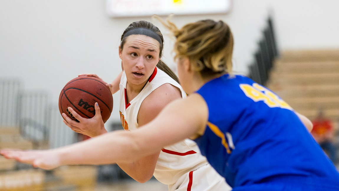 Ferris State Battles Lakers To Wire In Close Women's Basketball Setback