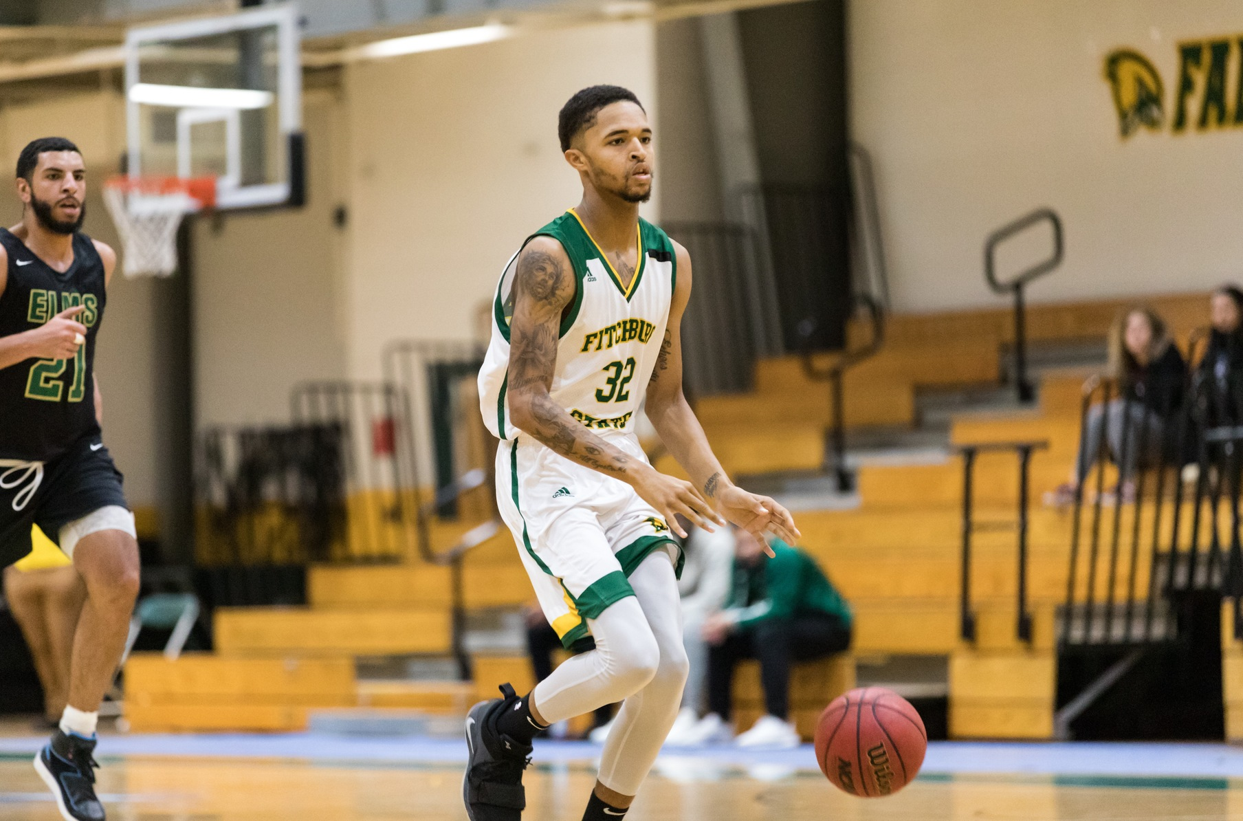 Falcons Defeat Gators of Pine Manor College, 82-69