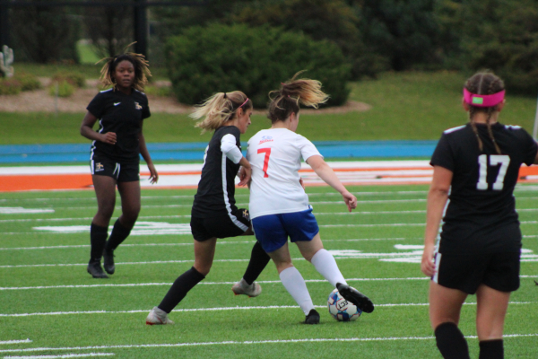 Women Soccer Loses to Iowa Western