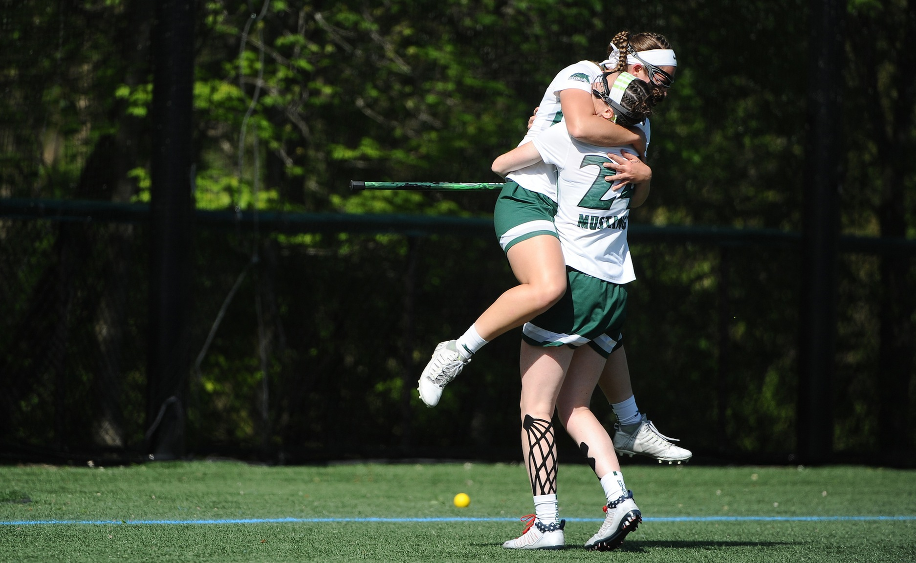 Monteiro, Roerty Named to IWLCA Division III All-Metro Region Teams