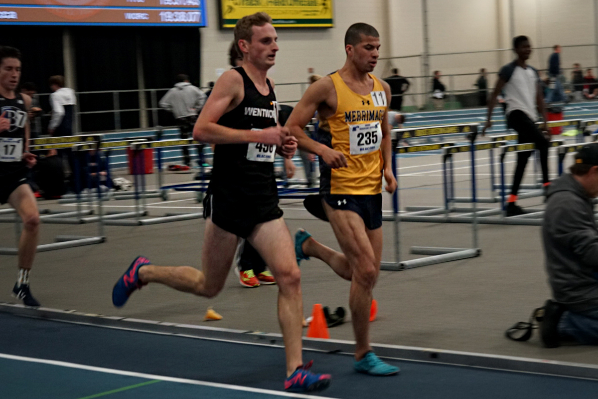 Indoor Track and Field Shatters Records at David Hemery Invitational