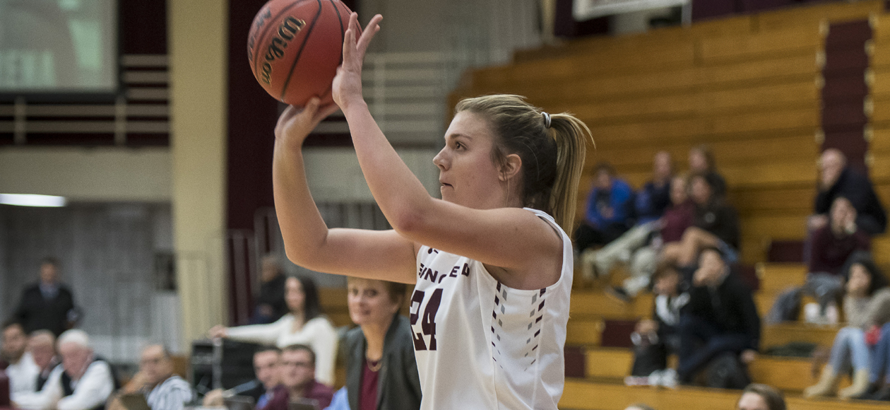 Jacques Leads Women's Basketball to 58-43 Win Over Bates in Hampton Inn West Springfield/Naismith Classic