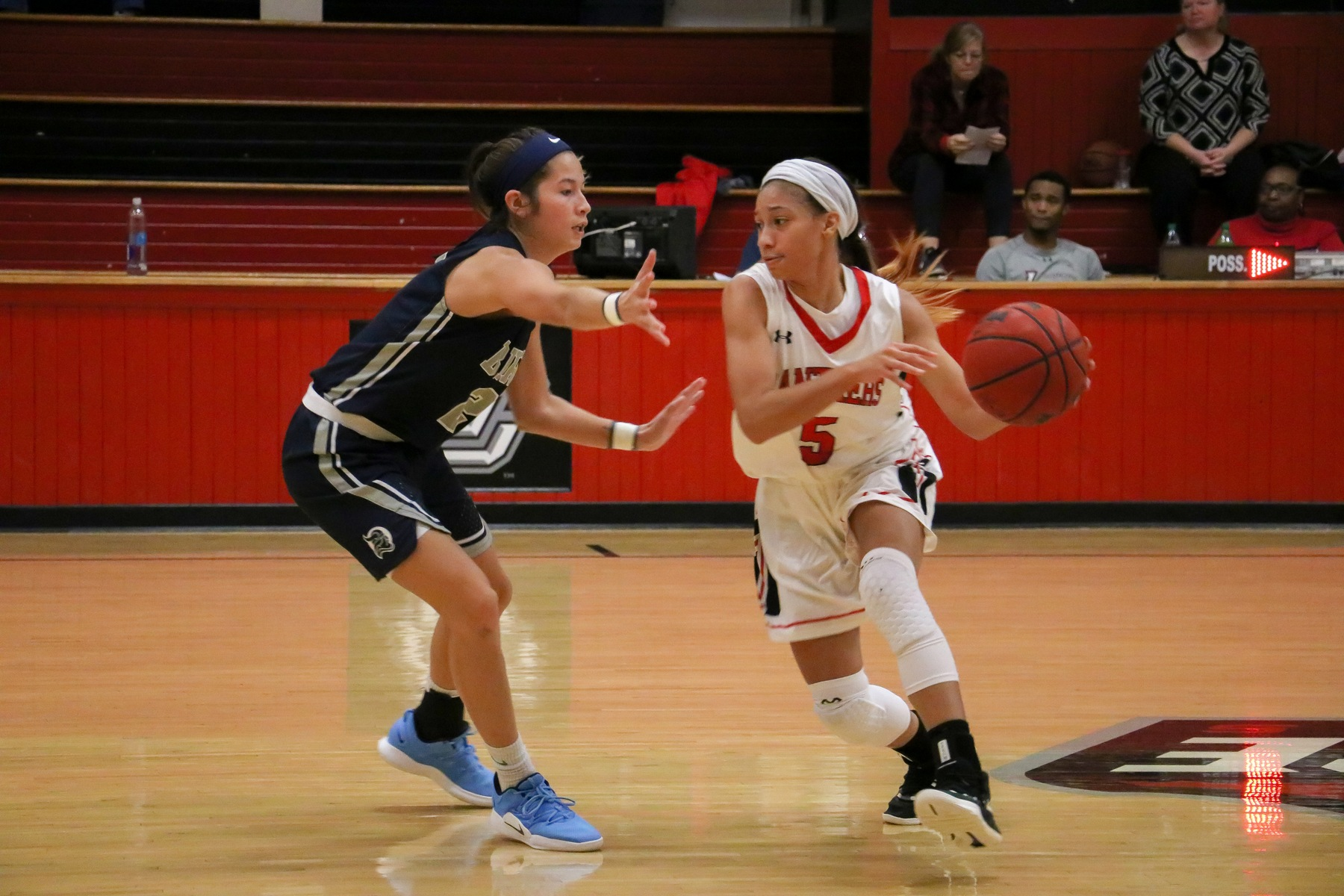 Women's Basketball: Strong final quarter carries Panthers past Berry 51-42