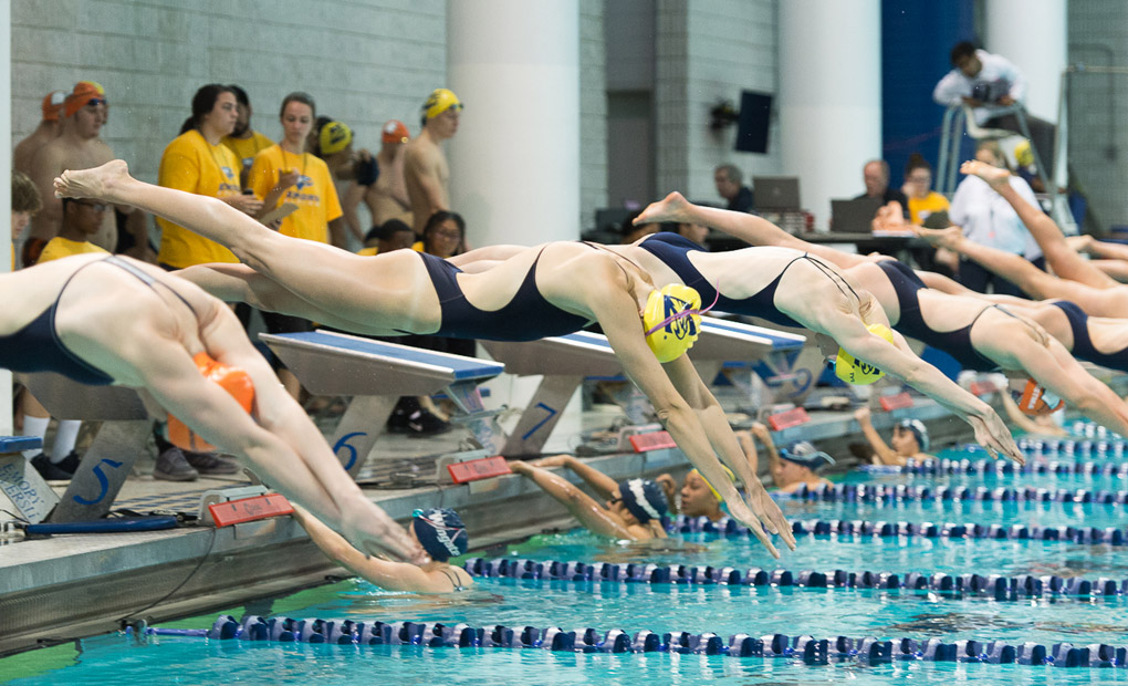 Women's Swimming & Diving Sails Past Centre on Senior Day