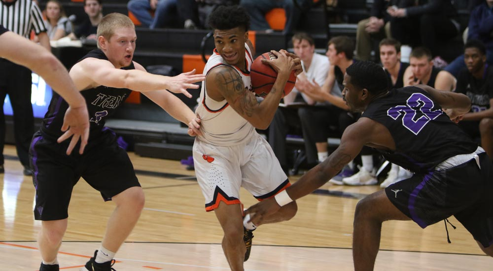 Men's basketball sidetracked by Westminster on the road