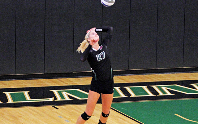 Wilmington Volleyball Serves its Way to CACC Sweep of Felician