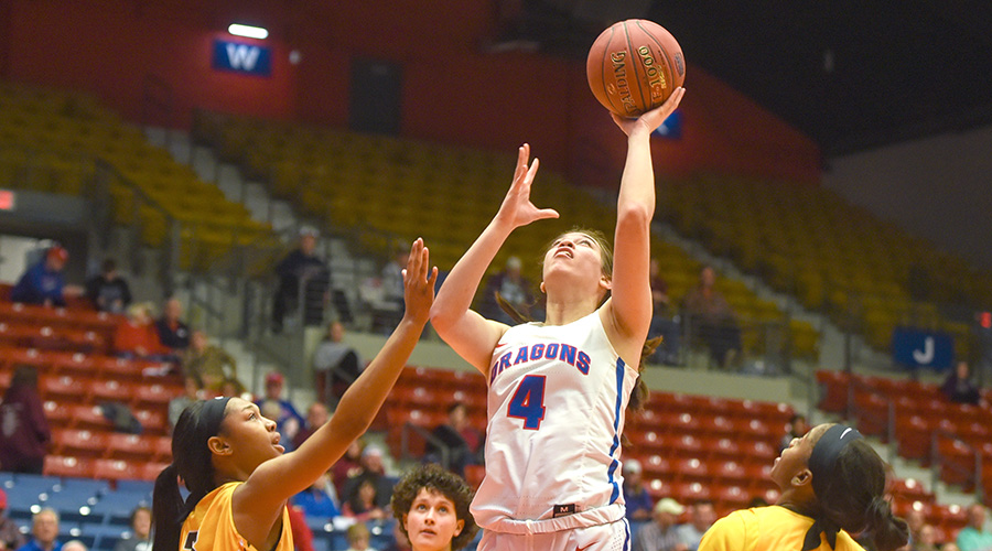 Brooklyn Betham scores a career-high 26 points to lead No. 6 Hutchinson to a 103-61 win over Garden City on Saturday at the Sports Arena. (Nathan Addis/Blue Dragon Sports Information)