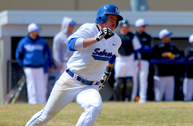 Early Lead Not Enough as Baseball Falls to UW-Oshkosh, 7-4