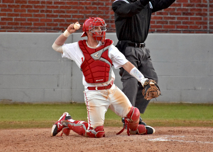 Michael Rodda was 2-for-5 with three RBIs in Friday night's 10-5 win over Maryville. (Photo by Wesley Lyle)