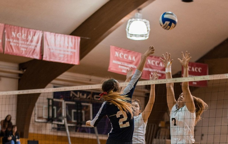 Women's Volleyball Falls Short in Match With CACC Leaders Jefferson Rams