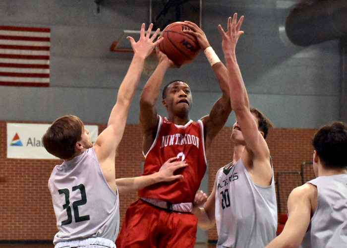 Charvez' Hobson had 10 points and seven rebounds in Friday's 68-67 win over Alvernia.
