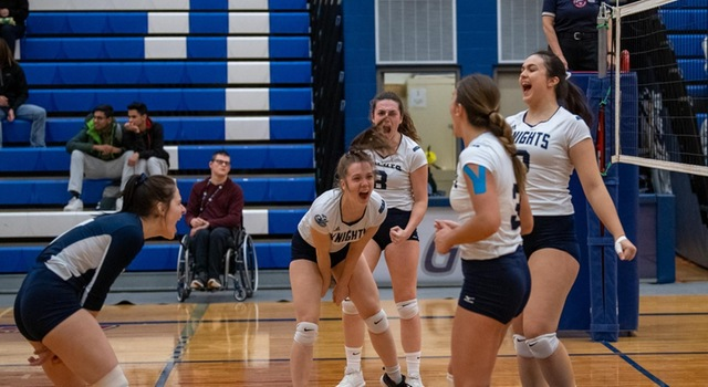 Women's Volleyball Earns Big Win over Mountaineers in 3-2 Thriller at Home