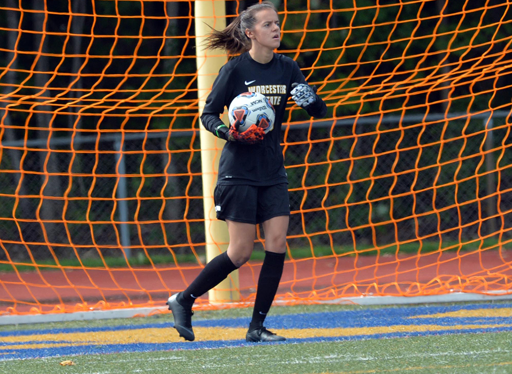 Women's Soccer Bested by Western Connecticut