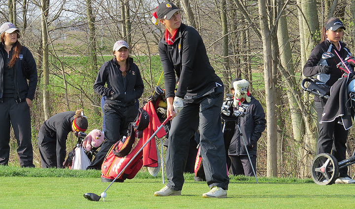 Bulldog Women's Golf Takes Fifth Place At 2016 GLIAC Championships
