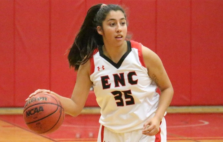 Women's Basketball Drops 63-50 Decision at University of New England