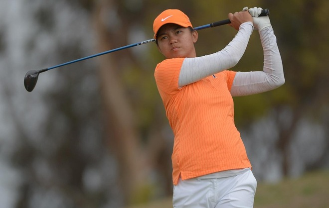 Fullerton Shoots Lights Out in Second Round to Improve to Sixth Place