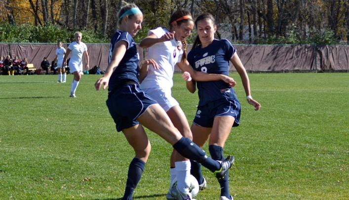Blugolds Shutout in Second Straight Game