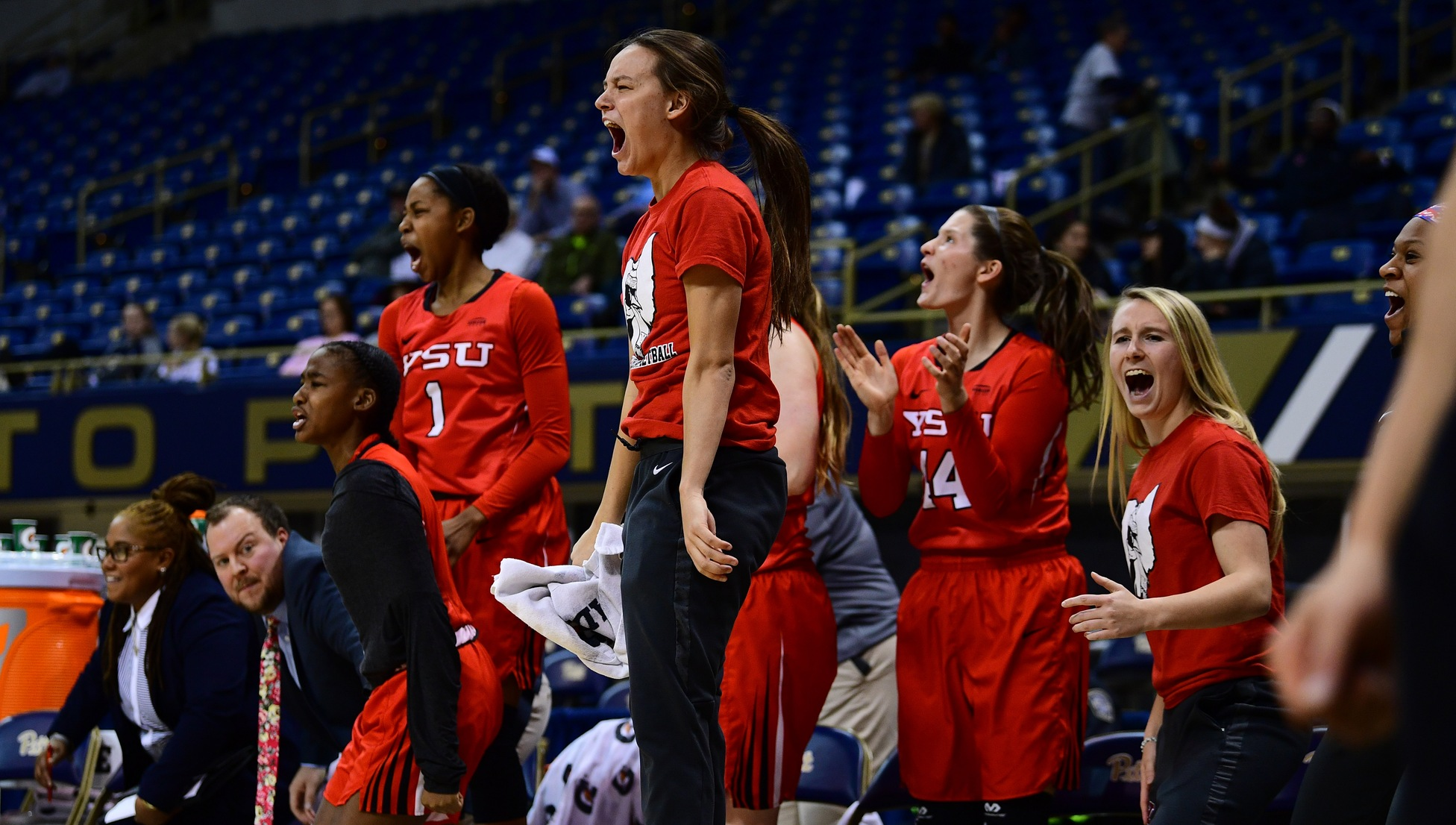 YSU Women's Basketball (Photo by David Dermer)