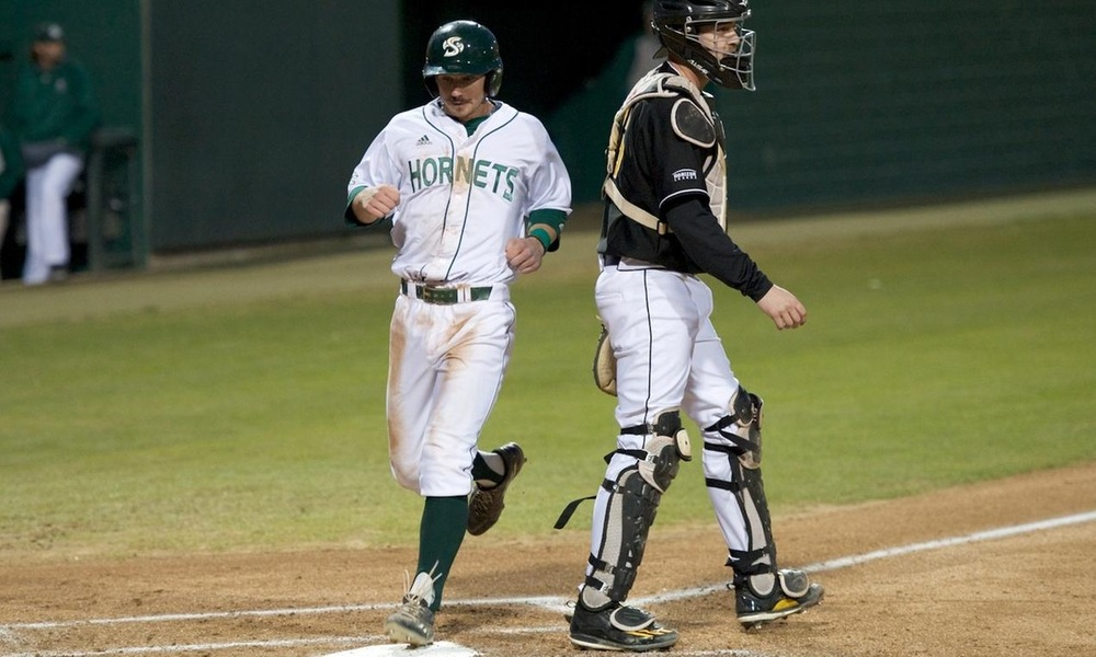 BASEBALL WALKS OFF WITH 6-5 WIN OVER NORTHERN KENTUCKY IN 11 INNINGS