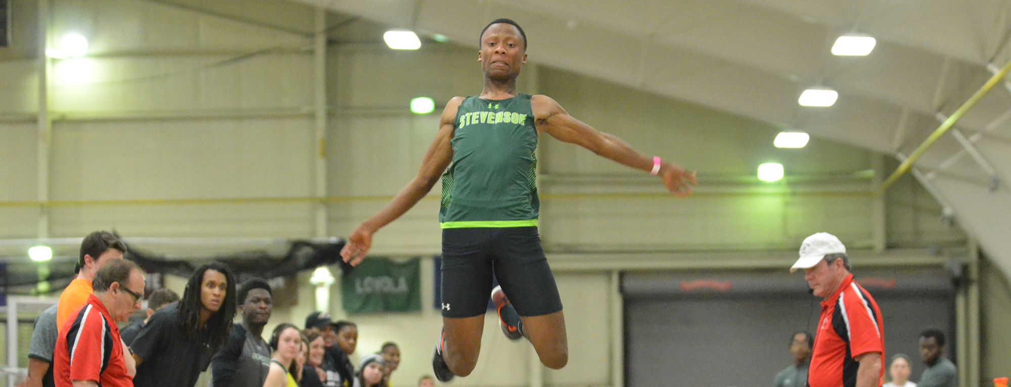 Dimeon Wright Qualifies for NCAA Indoor Championship