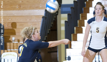 Blugolds Soar to Seventh Straight Match Victory