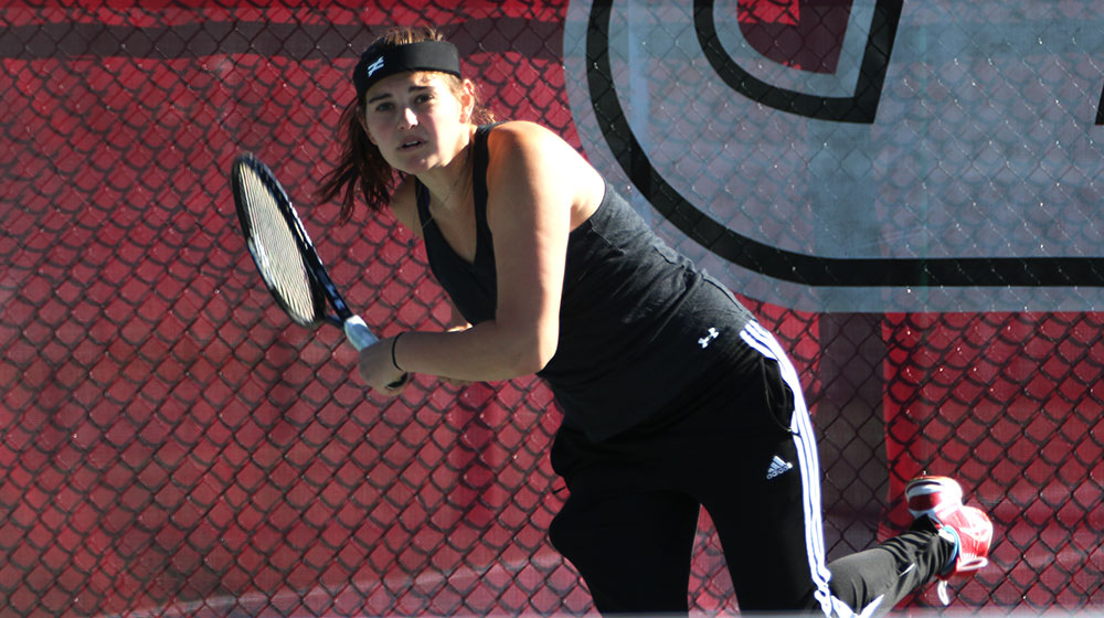 Cornell College Edges Women's Tennis 5-4