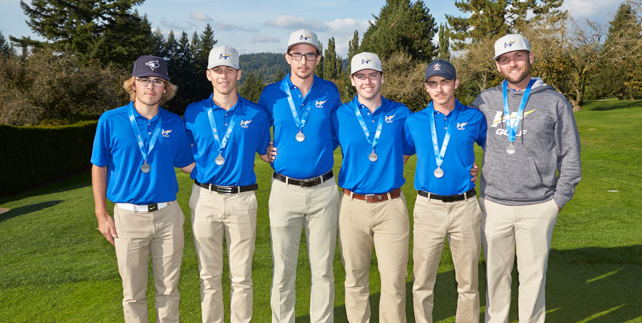 RECAP: Poor first day too much to overcome for Heat Men's Golf. Finish with the provincial silver medal