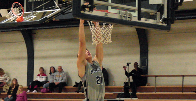 Bosch & Cullen Help Hounds Hold Off USMMA for 68-65 Win