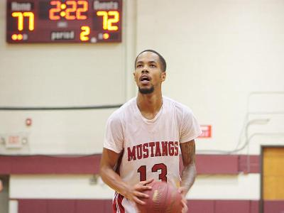 Men's Basketball: Gibbs named EPAC Player of the Week