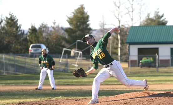 Sweep ends Lyndon's playoff hopes