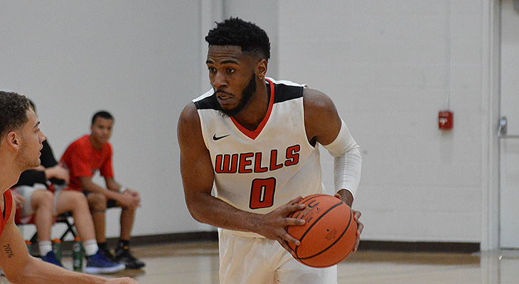Men's Basketball Wins At Houghton