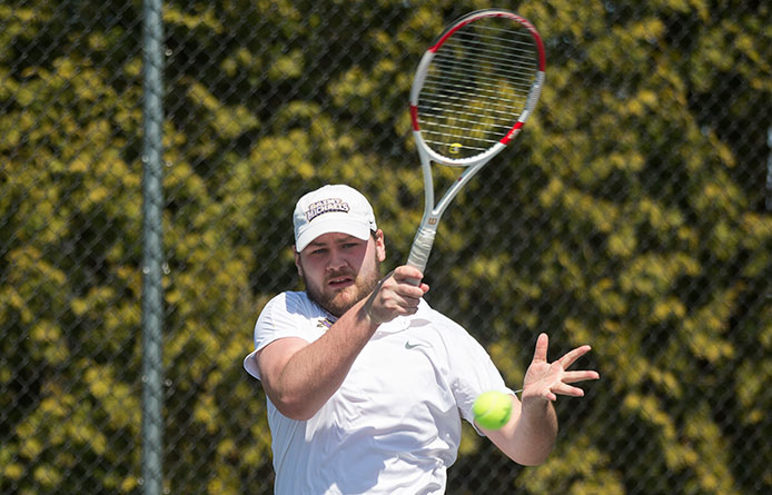 Men's tennis downs Millersville, 5-4, to open Florida Spring Break trip