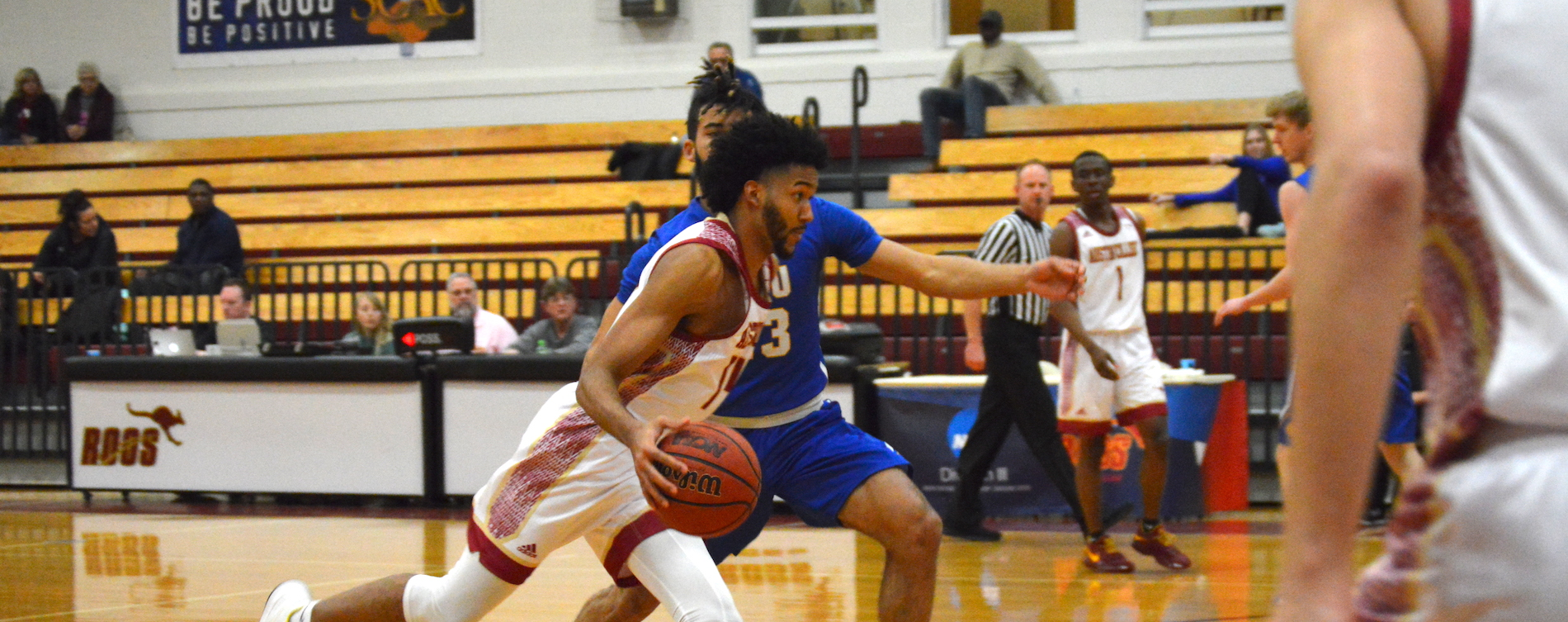 Cold Second Half Dooms 'Roos Against JWU