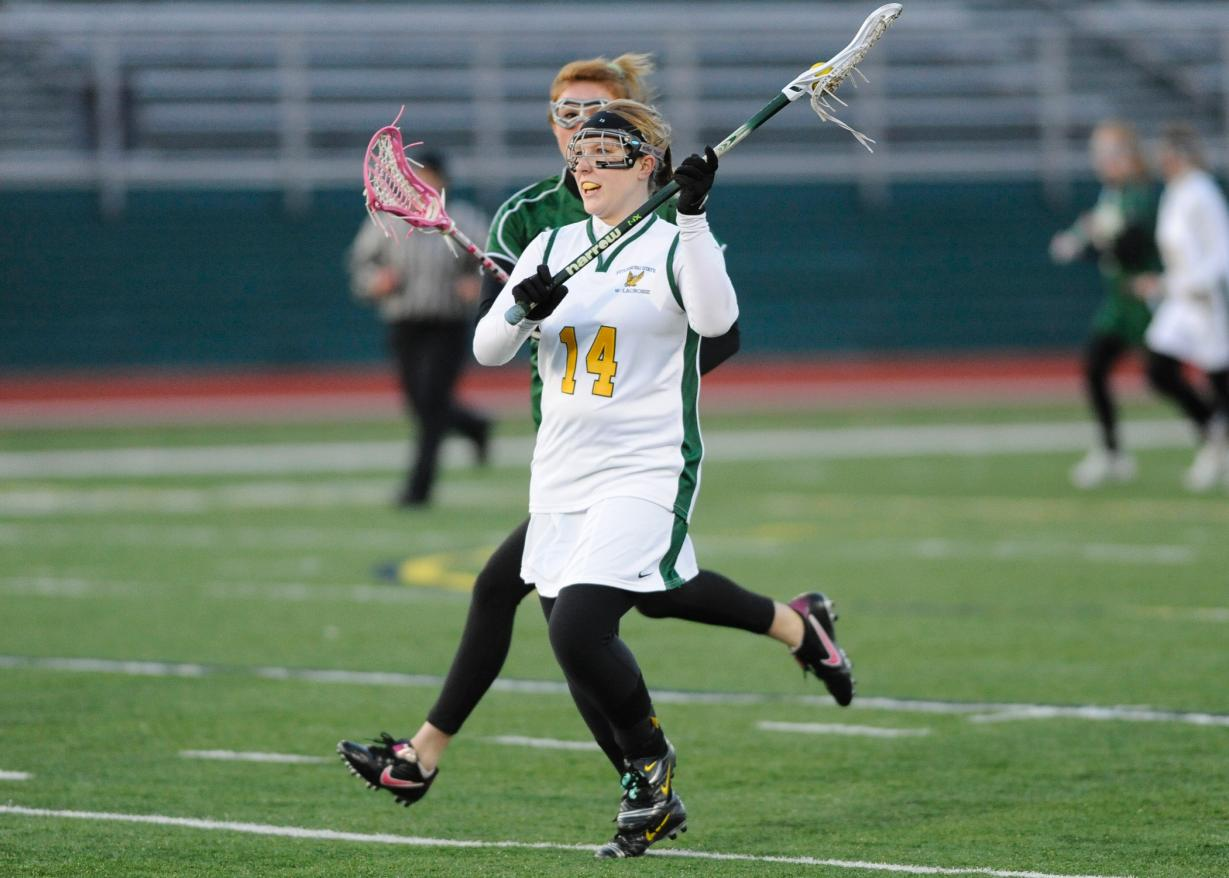 Castleton State Takes Down Fitchburg State, 14-10
